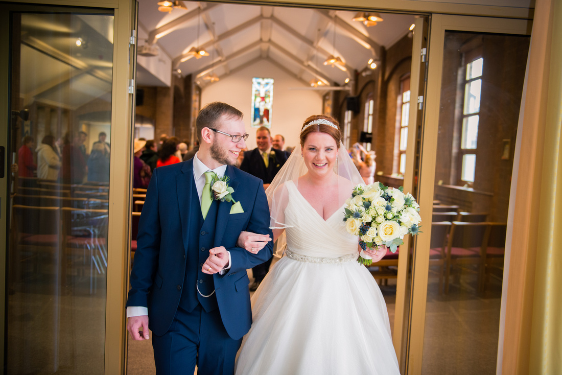 Wedding at Mere Brook House by Wirral Wedding Photographer Celynnen Photography