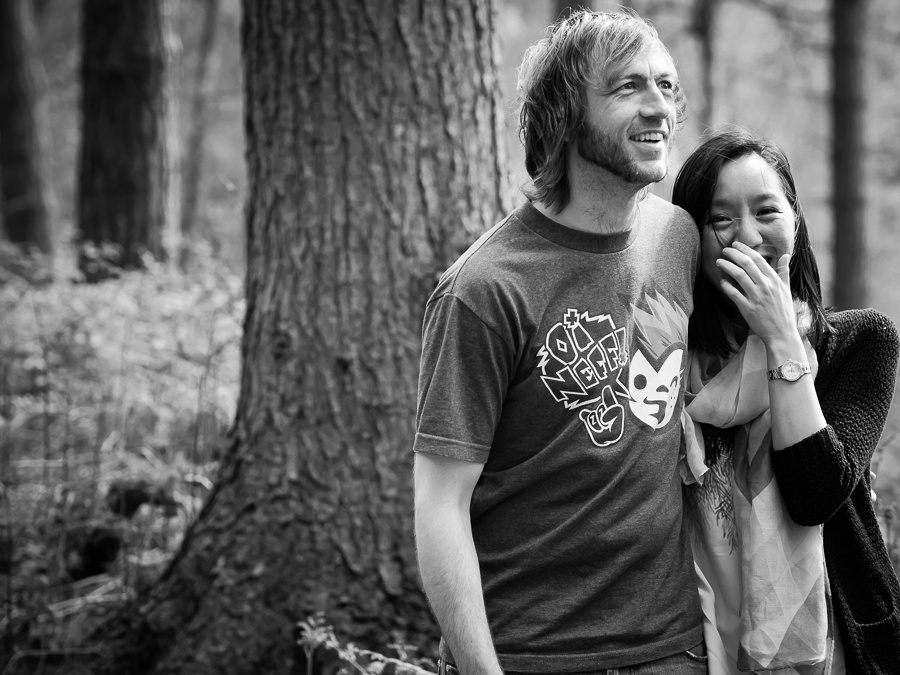 Photograph of Dan & Lisa by a tree in Delamere Forest. Celynnen Photography. Pre Wedding Shoot. Dan & Lisa